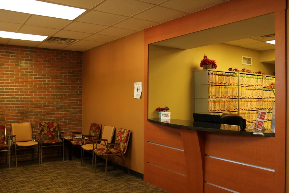 Primary Family Dental in Joliet Waiting area